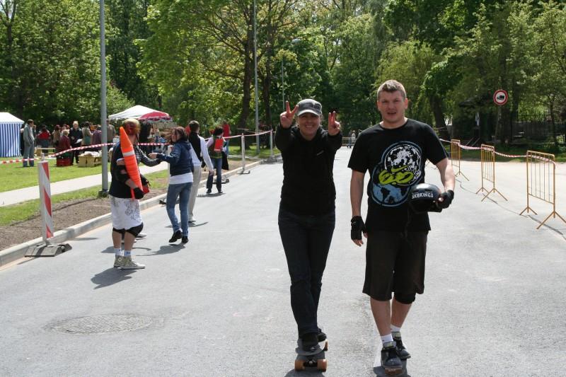 Baltijas čempionātā skeitborda slalomā uzvar Kuzmins un Skaraine