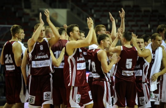 Latvijas basketbolisti Ventspilī uzvar Gruziju