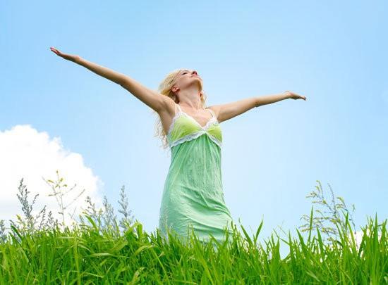 5 hormoni, kas cilvēku padara laimīgāku un kā tos aktivizēt