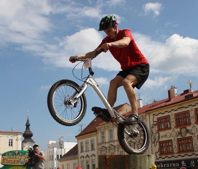 Latvijai divas zelta medaļas Eiropas čempionātā velotriālā