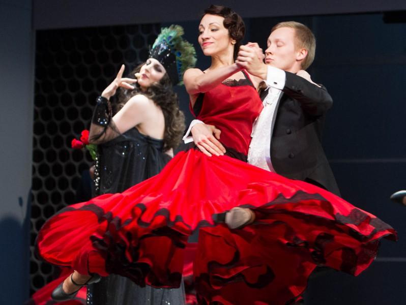 Jau šonedēļ notiks krāšņa modernās operetes Balle Savojā pirmizrāde (+VIDEO)
