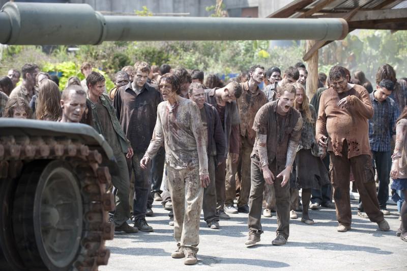 """Populārā seriāla """"Staigājošie miroņi"""" jaunā, septītā sezona visā pasaulē startēs šāgada oktobrī"""