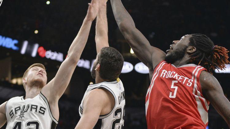 Bertāns gatavošanos NBA debijai noslēdz ar 14 punktiem pret Hjūstonu