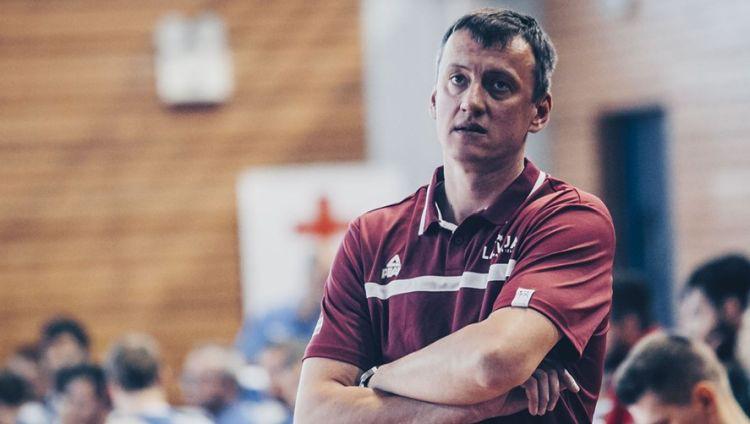 Vecvagars kļūst par izlases galveno treneri, Bagatskis varētu asistēt