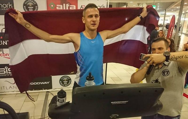 Ultramaratonists Simanovičs izcīnīja augsto astoto vietu prestižajā Spartatlona skrējienā