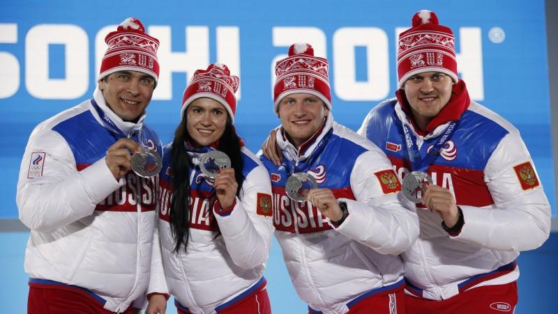 Demčenko un Ivanova diskvalificēti, Latvijas jauktā komanda varētu iegūt sudrabu