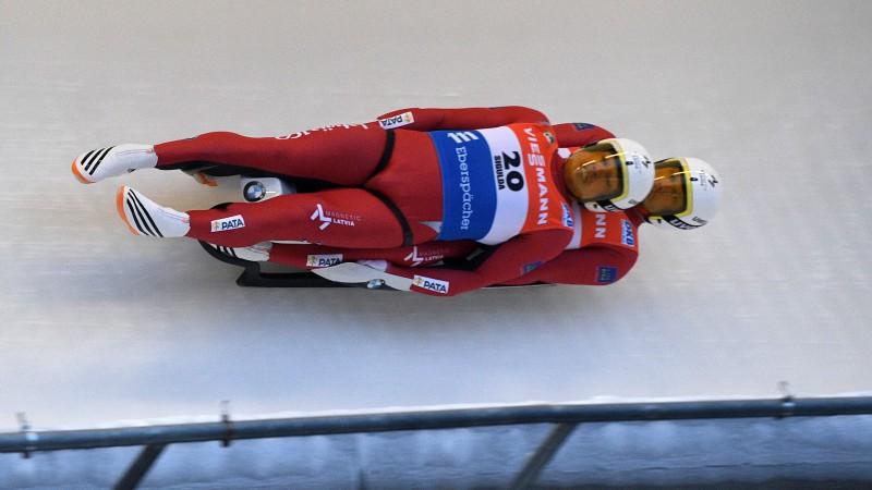 Pasaules čempionāta sprinta finālā iekļūst septiņas Latvijas ekipāžas