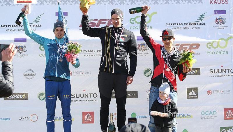 Jubelis un Grosberga izcīna Latvijas čempionu titulus garajā distancē