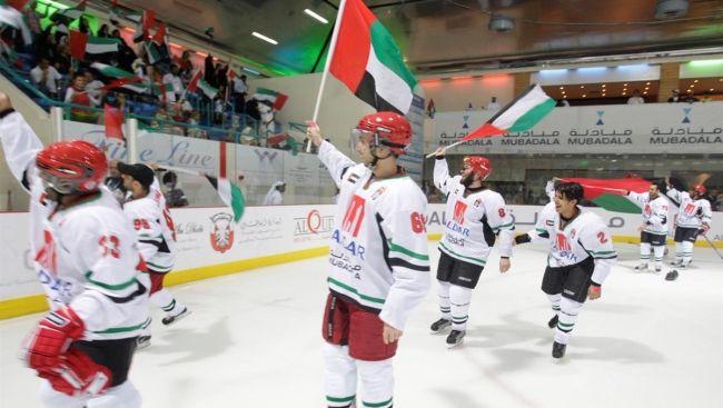 """Medvedevs: """"AAE vēlas radīt bagātu hokeja komandu un spēlēt KHL"""""""