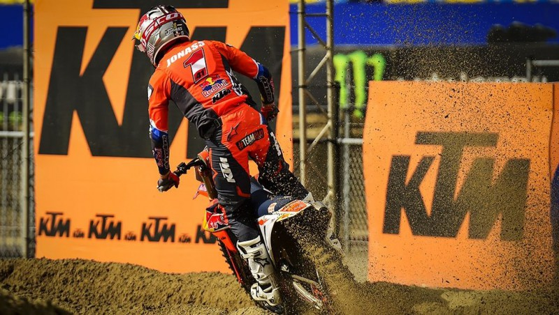 Jonasam viduvējs sniegums Nīderlandē, čempions būs zināms Itālijā