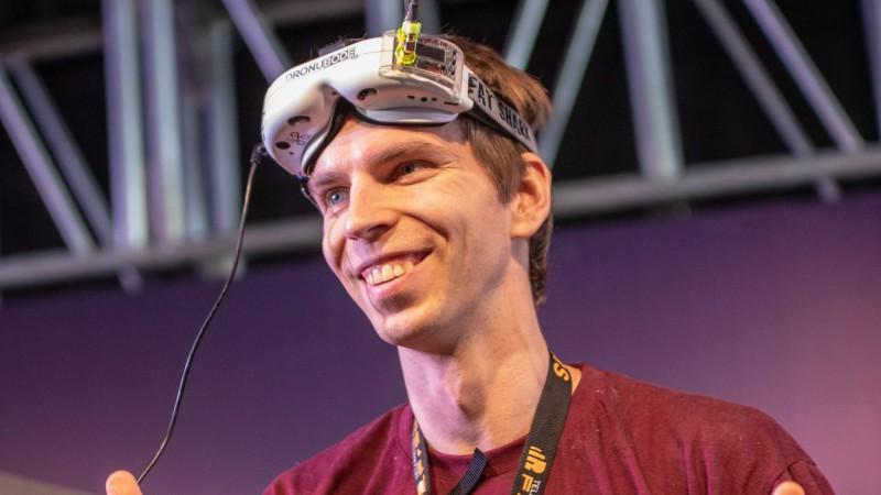 Kārlis Gross izcīna trešo vietu sacīkšu dronu pasaules čempionātā
