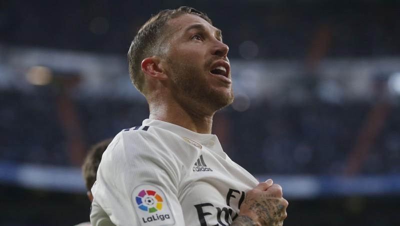 """Kamēr tiek meklēts treneris, Madrides """"Real"""" un """"Adidas"""" vienojas par rekordlīgumu"""