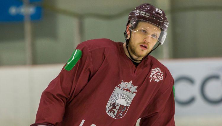 Latvijas izlase pārbaudes turnīra ievadā droši apspēlē Slovēniju