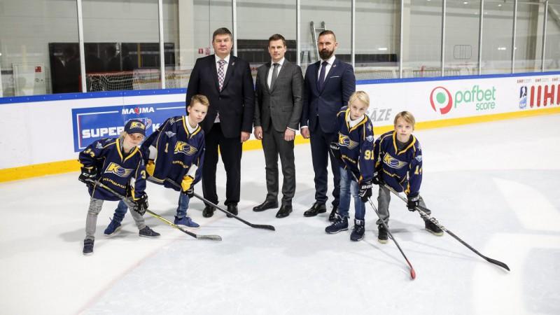 """""""Maxima Superkauss"""" – jauns uzrāviens bērnu un jauniešu hokejā"""