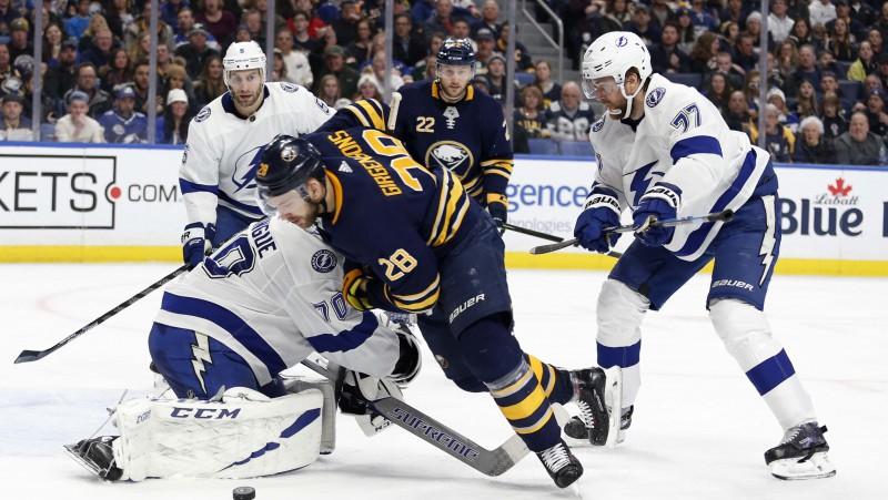 Girgensons izkārto vārtus pret NHL līderi, Balceram atgriešanās Sanhosē