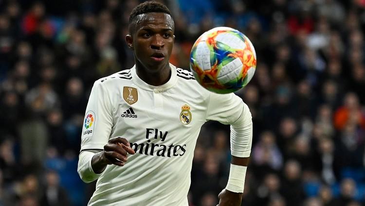 """Vinisiusam aizvien lielāka loma, Madrides """"Real"""" iesit četrus vārtus Žironai"""