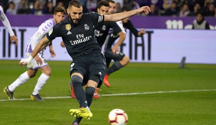 """Madrides """"Real"""" pēc ČL 1:4 fiasko uzvar ar 4:1 """"La Liga"""" mačā"""