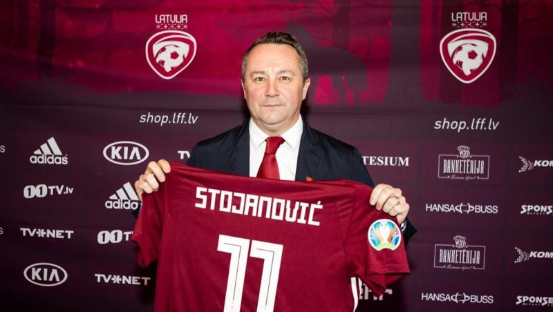 Stojanovičs pirmoreiz nosauc kandidātus, iekļaujot 18 gadus veco Toberu