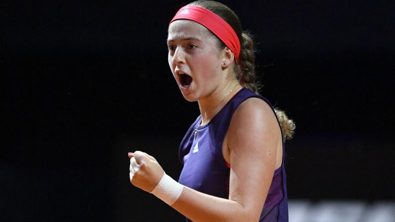 Ostapenko Anglijā graujoši svin 100. uzvaru WTA līmeņa mačos