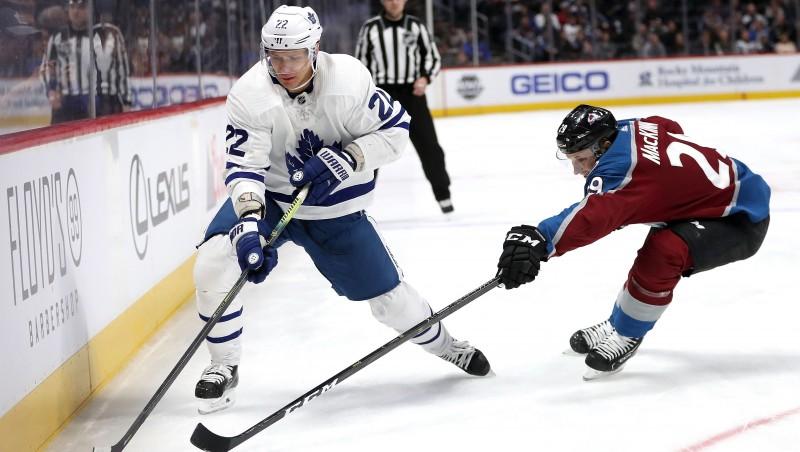 """Krievu aizsargs Zaicevs pieprasa aizmainīšanu no """"Maple Leafs"""""""