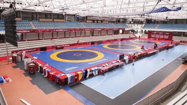 Latvijas cīkstoņi sāk ar zaudējumiem Eiropas junioru čempionātā