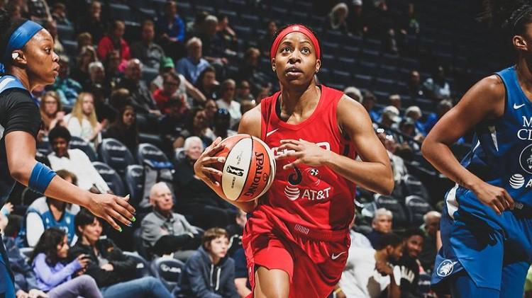 Pedija 30 gadu vecumā nopelna vietu WNBA komandā