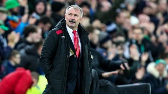 Baltkrievija par spīti pārspēļu garantēšanai pēc slikta cikla sākuma atbrīvojas no trenera