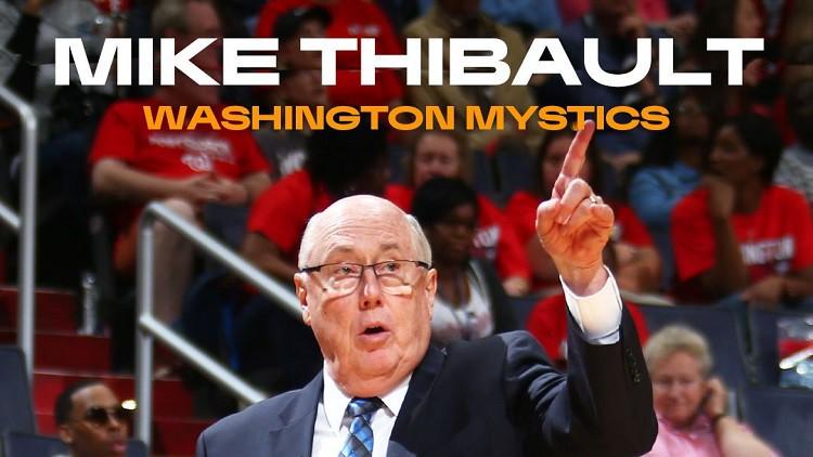 Pedija pirmajā vietā, Tibo atzīts par mēneša treneri WNBA