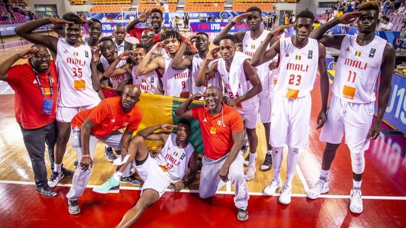 Mali sensacionāli sasniedz U19 pasaules kausa finālu, kurā spēlēs ar ASV