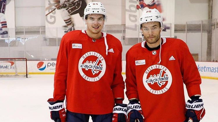 Bindulis un Kivlenieks atskaitīti no NHL komandu nometnēm