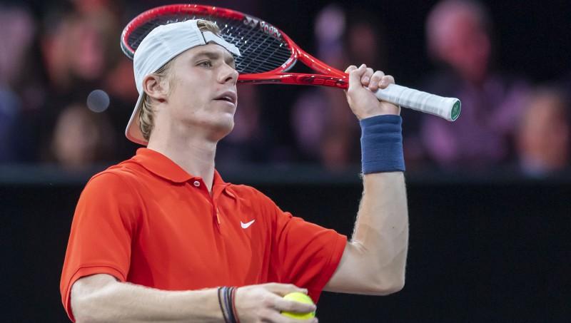 Šapovalovs arī septītajā mēģinājumā nespēj uzvarēt ATP pusfinālā