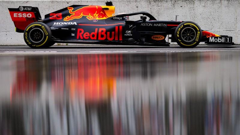"""""""Red Bull"""" apstiprina nākamā gada F1 pilotus"""