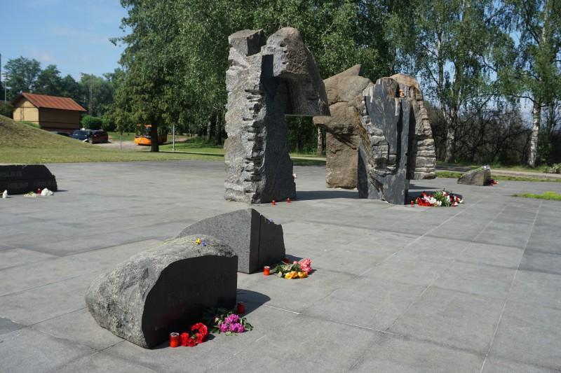 Ar tiešraides koncertu un filmas demonstrēšanu atzīmēs Komunistiskā genocīda upuru piemiņas dienu