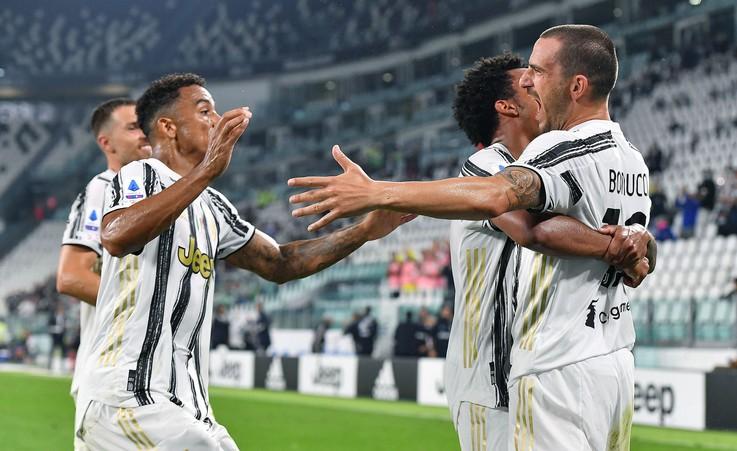 Pirlo pie ''Juventus'' stūres sāk ar uzvaru pār ''Sampdoria''