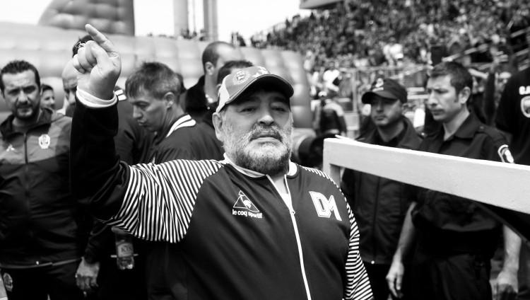 Mūžībā aiziet futbola leģenda – miris Djēgo Maradona