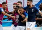 Mbapē divi vārti un nopelnīta <i>pendele</i>, Francija pieveic Argentīnu