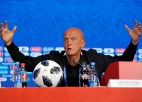Kolina pamet UEFA tiesnešu vadītāja amatu, vietā stāsies Rozeti