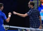 Melburnā finālos nezaudējušais Džokovičs tiksies ar 20 uzvaras pēc kārtas guvušo Medvedevu