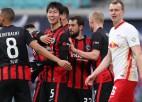 """Bundeslīgā iesit trīs japāņi, """"Leipzig"""" nenotur vadību un attālinās no līderes """"Bayern"""""""