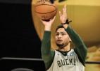 NBA čempions Forbss atsakās no 2,5 miljoniem dolāru un kļūs par brīvo aģentu