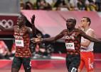 800 metros vīriešiem Kenija svin dubultuzvaru, Polijas skrējējs izcīna bronzu