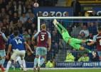 ''Everton'' atspēlējas, sešās minūtēs iesit trīs un pieveic ''Burnley''