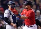 """""""Red Sox"""" pārliecinoši uzvar """"Yankees"""" un iekļūst nākamajā kārtā"""