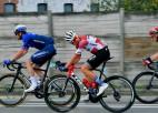 Pogačars triumfē vēsturiskajā Lombardijas velobraucienā; Skujiņš finišē 27.