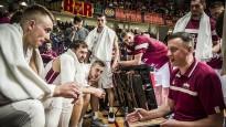 Blogs: Ķīnā jāfano arī par Melnkalni, atlēkušās bumbas un trenera jautājums