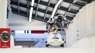 """Latviešu divnieku ekipāžas iekļūst """"top10"""" pasaules junioru čempionātā"""