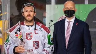 Hokeja izlases kandidātu loku papildinājuši arī Karsums un Punnenovs