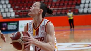 """Šteinberga kopā ar divām WNBA čempionēm salauž """"Mersin"""" pretestību"""