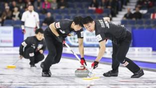 Sezonas pirmais pasaules kērlinga čempions tiks noskaidrots vīriešu komandu starpā