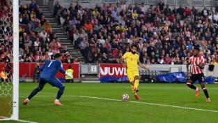 Salāham simtie vārti, ''Liverpool'' zaudē punktus pret ''Brentford''